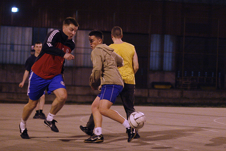 guys playing football