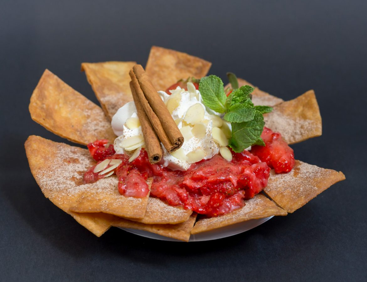 Cinamon-Strawberry-Nachos