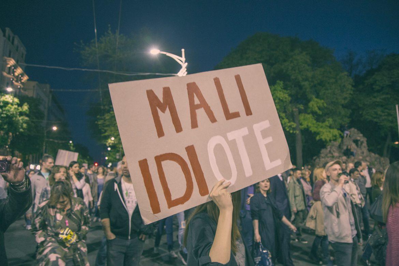 Protest Mali Idiote