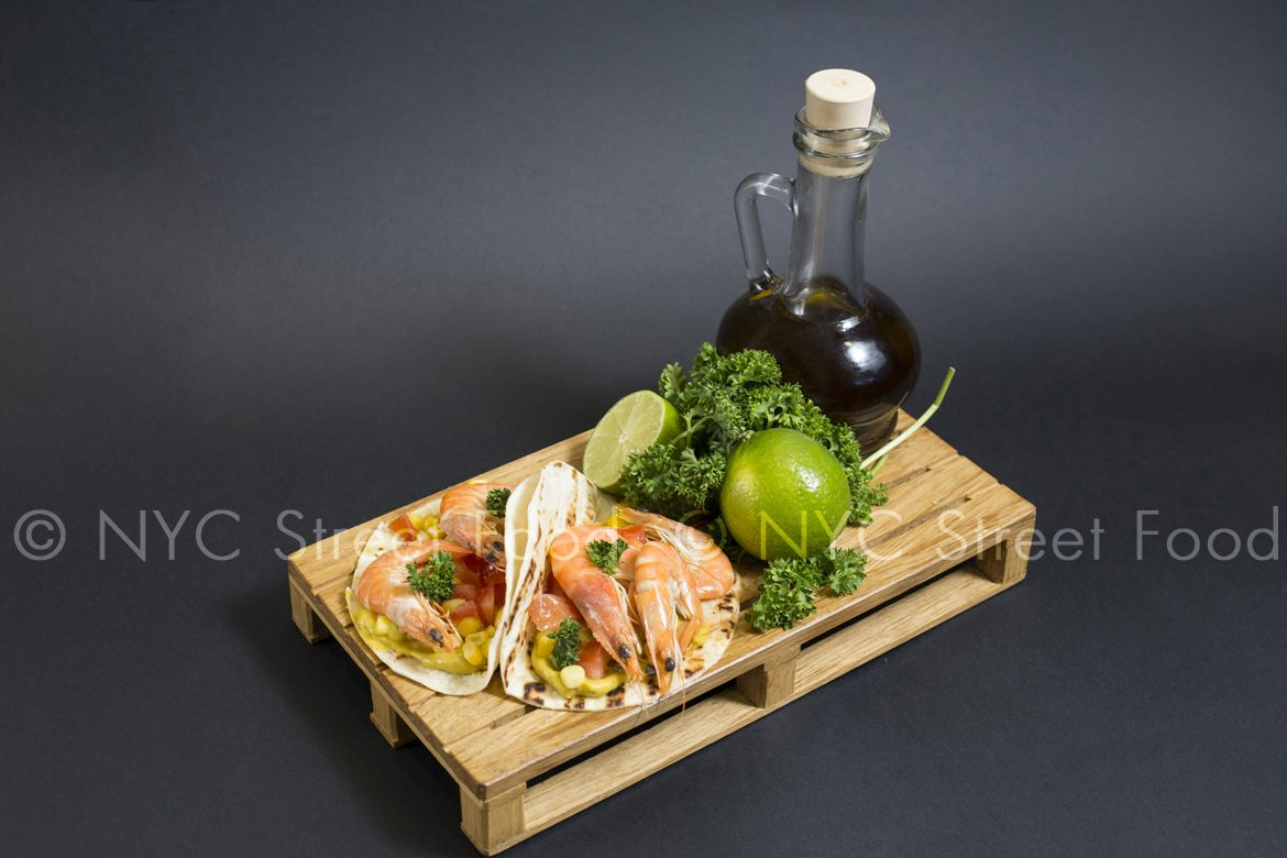 Tacos with Shrimp, lime, olive-oil and-salad