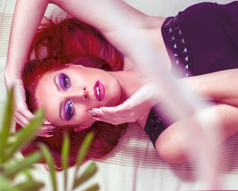 Make-Up-Artist-Model